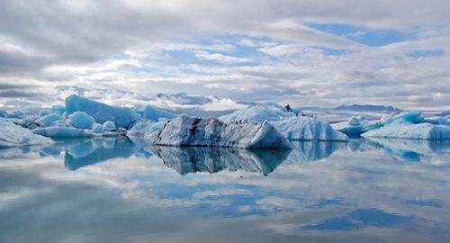 Ledkalnių ežeras Islandijoje